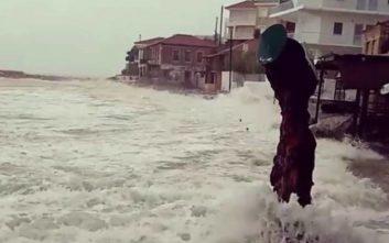 Πού σάρωσε με καταιγίδες ο κυκλώνας και πού θα χτυπήσει η κακοκαιρία τις επόμενες ώρες