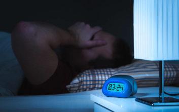 Αυτοί που υποφέρουν από αϋπνία αντιμετωπίζουν μεγαλύτερο κίνδυνο καρδιαγγειακών προβλημάτων