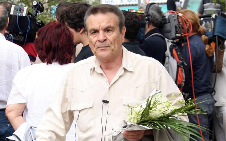 «Έφυγε» ο ηθοποιός Γιώργος Παπαζήσης