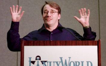 Τι κάνει ένας από τους σημαντικότερους προγραμματιστές του κόσμου για να σταματήσει να είναι… καθίκι