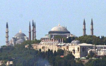 Απτόητος ο Ερντογάν συνεχίζει τις προκλήσεις με την Αγιά Σοφία
