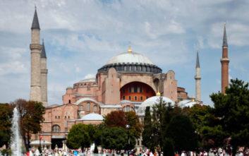 «Ουδέν σχόλιο» από το Βερολίνο για τις εξαγγελίες Ερντογάν για την Αγία Σοφία