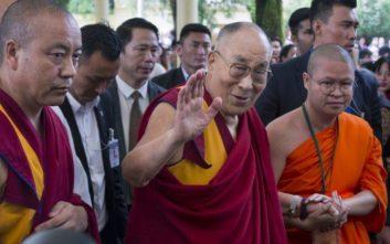 Δαλάι Λάμα για προσφυγικό: Η Ευρώπη ανήκει στους Ευρωπαίους