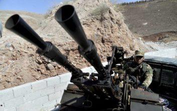 Η Τουρκία εξοπλίζει Σύρους αντάρτες για να απωθήσουν επίθεση από τη Δαμασκό