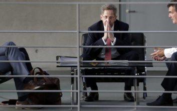 «Θυσία» ο Μάασεν για τη διάσωση του κυβερνητικού συνασπισμού στη Γερμανία