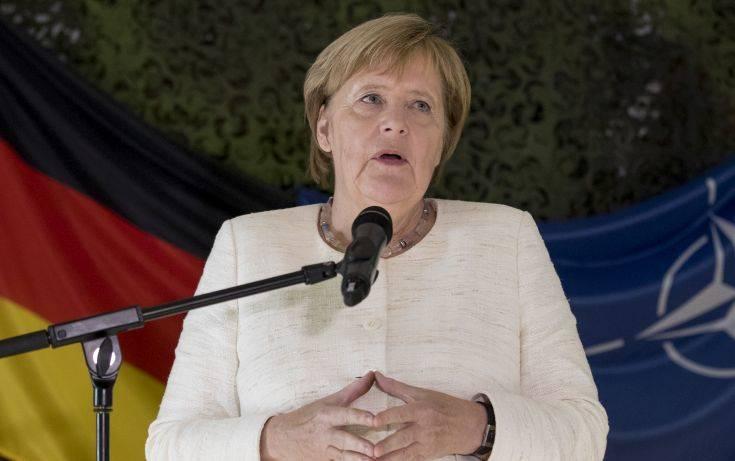 «Όχι» στην άρση των κυρώσεων κατά της Ρωσίας λέει η Μέρκελ