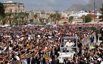 Ο Πάπας καλεί τους μαφιόζους να ασπαστούν πραγματικά τον χριστιανισμό