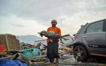 Στους 384 οι νεκροί στην Ινδονησία