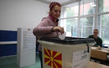 Άνοιξαν οι κάλπες για το δημοψήφισμα στα Σκόπια