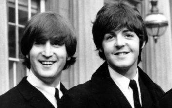 Πολ ΜακΚάρτνεϊ και Τζον Λένον… αυνανίστηκαν παρέα επικαλούμενοι την Μπριζίτ Μπαρντό