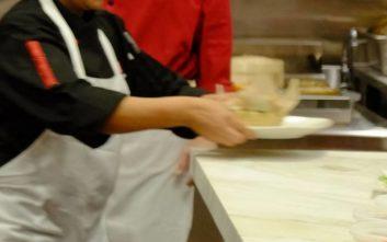 Το αηδιαστικό μυστικό που αποκαλύφθηκε σε κουζίνα εστιατορίου