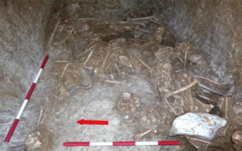 Στο φως εντυπωσιακά ευρήματα σε ανασκαφή νεκροταφείου στο Αλιβέρι