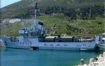 Βρήκαν 700 κιλά λαθραία τσιγάρα σε πολεμικό πλοίο που επέστρεψε από τη Λιβύη
