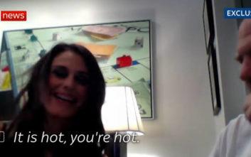 Βίντεο-ντοκουμέντο δείχνει τον Χάρβεϊ Γουάινστιν να παρενοχλεί σεξουαλικά μια γυναίκα