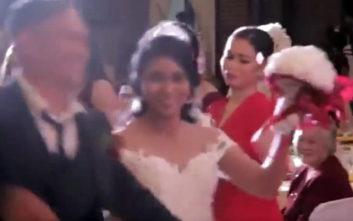Γαμπρός και νύφη είπαν το «ναι» και… χτύπησε τυφώνας