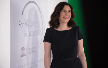 L'Oreal Hellas, επετειακή έκθεση για το Θηλυκό Πρόσωπο της Επιστήμης