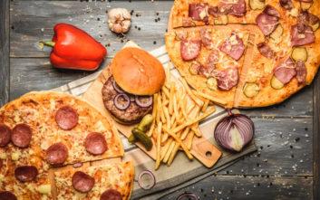 Υπάρχει λόγος που το φαγητό μοιάζει τόσο νόστιμο όταν είσαι μεθυσμένος!