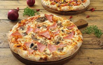 Σκληροπυρηνική χορτοφάγος ισχυρίζεται πως αρρώστησε όταν την τάισαν πίτσα με ζαμπόν