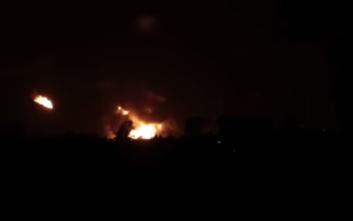 Εικόνες από τη μεγάλη έκρηξη και τη φωτιά σε διυλιστήριο στη Γερμανία