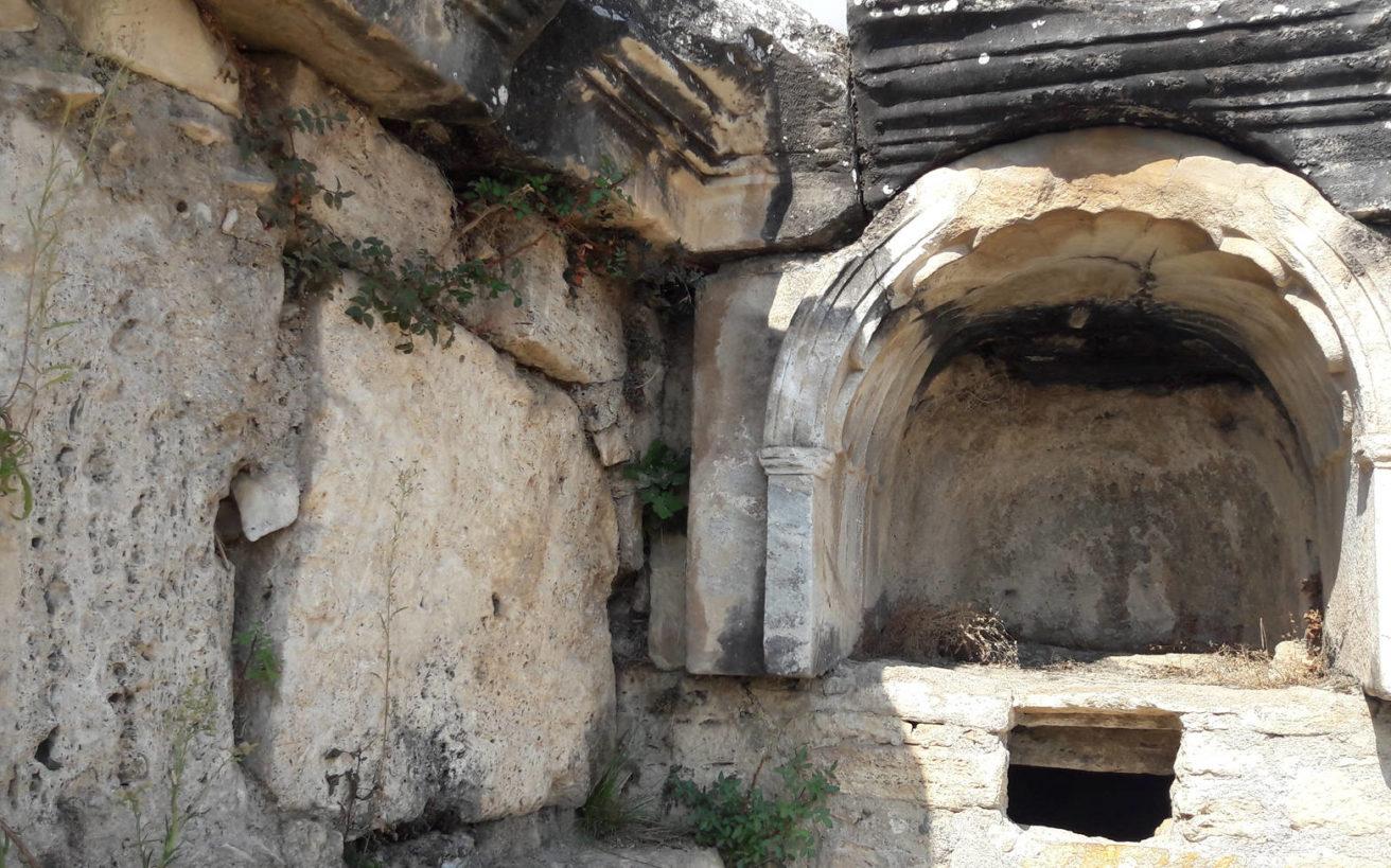 Το μυστικό της αρχαίας πύλης προς τον κάτω κόσμο που προκαλούσε τον θάνατο