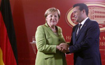Επιστολή Μέρκελ σε Ζάεφ: Ιστορικής σημασίας η συμφωνία για το όνομα