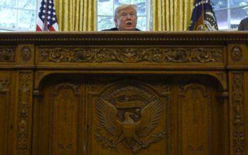 Η ένωση ανταποκριτών του Λευκού Οίκου «ξεσπάθωσε» κατά του Τραμπ