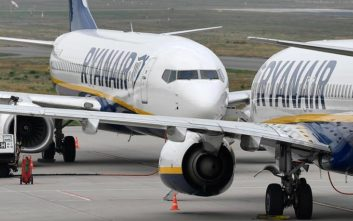Κορονοϊός: Η Ryanair απειλεί να μην «πετάξει» αν επιβληθεί το μέτρο με το μεσαίο κάθισμα