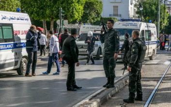 Παράταση της κατάστασης έκτακτης ανάγκης στην Τυνησία