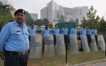 Διαδηλώσεις και απειλές από ακραίους ισλαμιστές μετά την αθώωση χριστιανής στο Πακιστάν