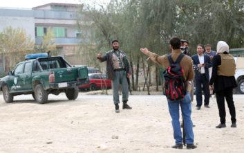 Συνετρίβη ελικόπτερο του αφγανικού στρατού, 25 νεκροί