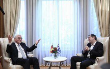 Τσίπρας σε Σταινμάιερ: Δεν κρύβουμε τις όποιες διαφορές από το μακρινό παρελθόν