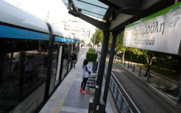 Στάση εργασίας στο τραμ την Παρασκευή