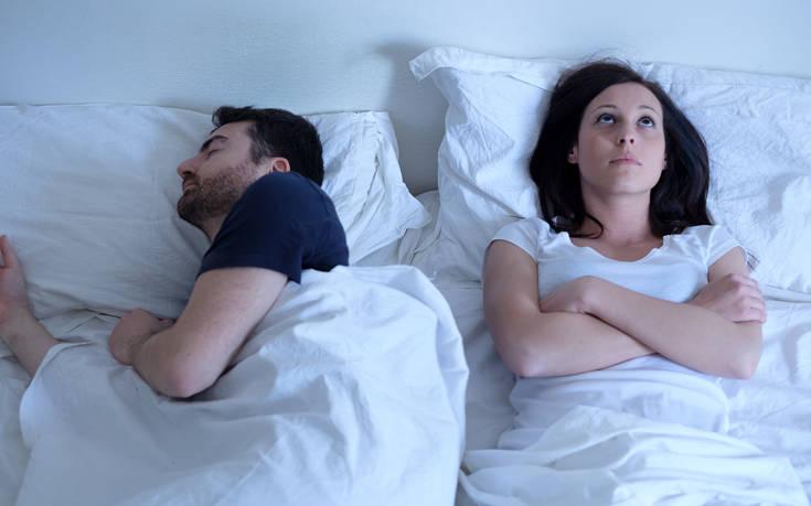 Οι σκέψεις μιας γυναίκας που υποψιάζεται πως ο άντρας της την απατά με την νταντά