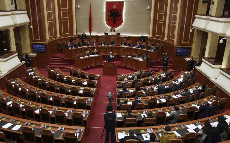 Κλιμακώνεται η κρίση στην Αλβανία