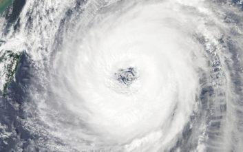 Ο τυφώνας Τράμι πλήττει την Ιαπωνία