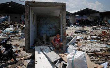 Βιβλική καταστροφή στην Ινδονησία με πάνω από 1.300 νεκρούς