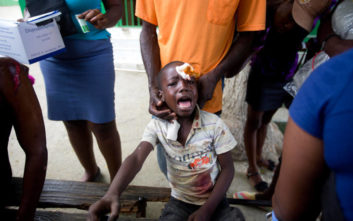 Ο σεισμός ξύπνησε μνήμες του 2010 στην Αϊτή