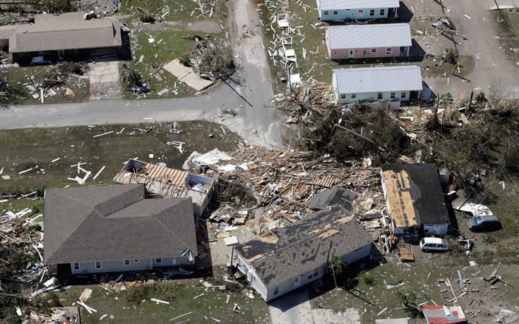 Έντεκα οι νεκροί στις ΗΠΑ από τον κυκλώνα Μάικλ