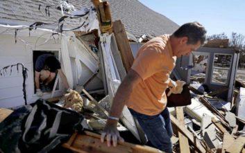 Βρέθηκαν εκατοντάδες επιζώντες του κυκλώνα Μάικλ