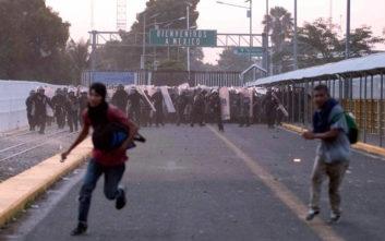 Νεκρός ένας μετανάστης από το δεύτερο «καραβάνι» σε συμπλοκές με την αστυνομία