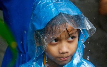 Τις Φιλιππίνες πλήττει ο τυφώνας Γιούτου