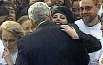 Τι λέει σήμερα η Χίλαρι για τη σχέση του Μπιλ Κλίντον με τη Μόνικα Λεβίνσκι