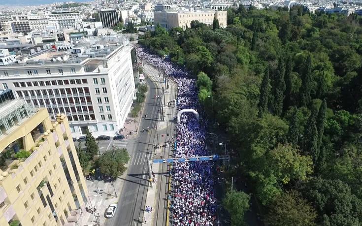 Σαράντα χιλιάδες συμμετέχοντες χάραξαν δρόμο ενάντια στον καρκίνο του μαστού