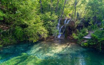 Η βόρεια Ελλάδα έχει τη δική της «Γαλάζια λίμνη»