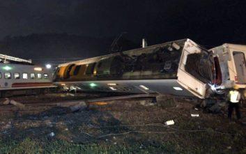 Τους 22 έφτασαν οι νεκροί από τον εκτροχιασμό τρένου στην Ταϊβάν