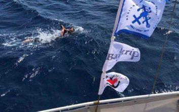 Θα πάει από την Ρόδο στο Καστελόριζο… κολυμπώντας