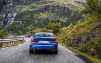 Πρεμιέρα για τη νέα BMW Σειρά 3 Sedan στο Σαλόνι Παρισιού