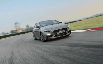 Ρώμη - Παρίσι σε 8 λεπτά και 18 δεύτερα με το Hyundai i30 Fastback N