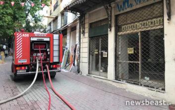 Φωτιά σε νεοκλασικό στο κέντρο της Αθήνας