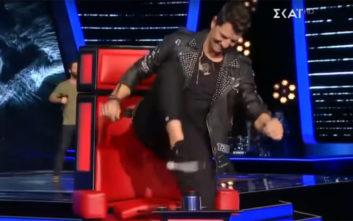 Ο Ρουβάς ήθελε τόσο πολύ τον διαγωνιζόμενο που κόντεψε να σπάσει το μπάζερ